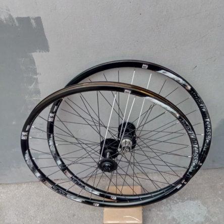 Капли American Classic Terrain 27.5 Tubeless Wheelset